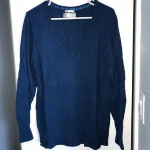 Old Navy light v-neck sweater